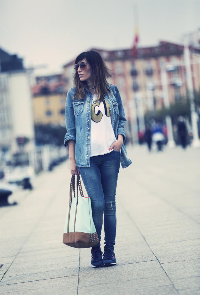 street style barbara crespo ice tshirt dear tee fashion blogger outfit santander blog de moda
