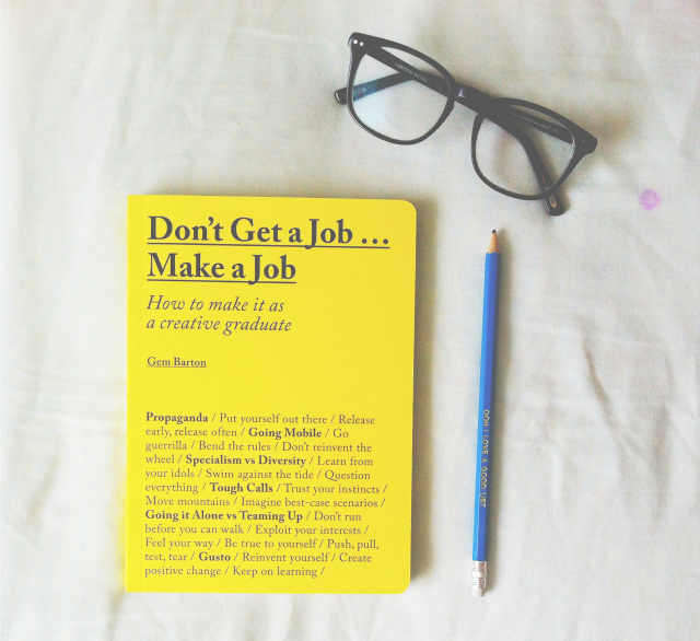 uk book blogs vivatramp lifestyle blog uk dont get a job make a job
