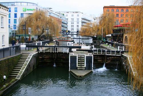 vista canale Camden Town Londra
