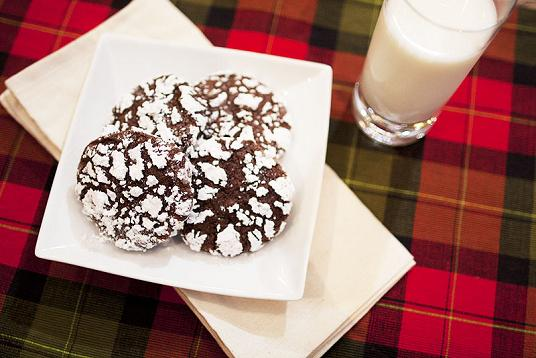 Post image for Jumbo Chocolate Crinkles