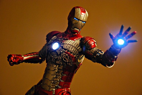 Iron Man Mark V (Hot Toys)