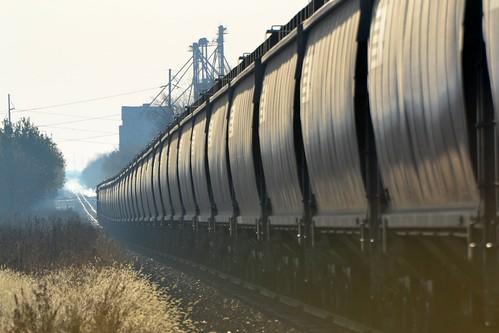 railroad train rising ns grain pe grainelevator glint mansfieldbranch
