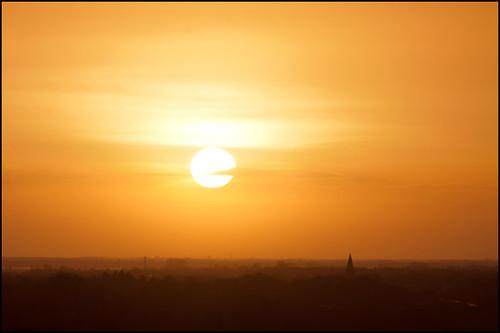 orange sun sunrise canon december view churchtower uitzicht groningen zon oranje 70210 haren 70210mm kerktoren 2011 zonsopkomst sooc december2011