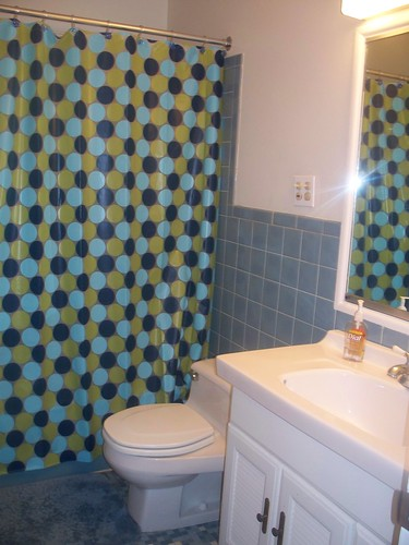 hall_bathroom