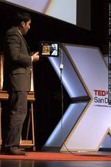 Shamil Hargovan of Hewlett Packard demonstrates visu…