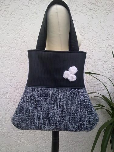 Mala em sintético preto trabalhado com fazenda mesclada cinza a preto by ♥Linhas Arrojadas Atelier de costura♥Sonyaxana