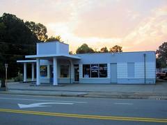 Art Moderne Gas Station, Gretna, Virginia