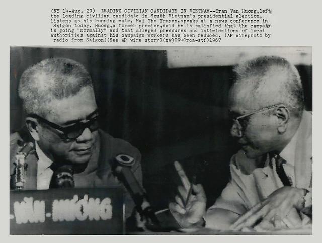 Các ứng cử viên dân sự hàng đầu ở VN - Liên danh Trần Văn Hương-Mai Thọ Truyền