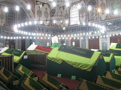 2011-06-istanbul-066-hatice mausoleum