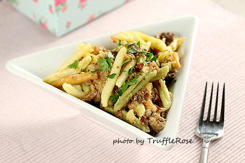 花椰菜肉醬獨木舟麵。我的義大利麵 EASY PASTA-111220