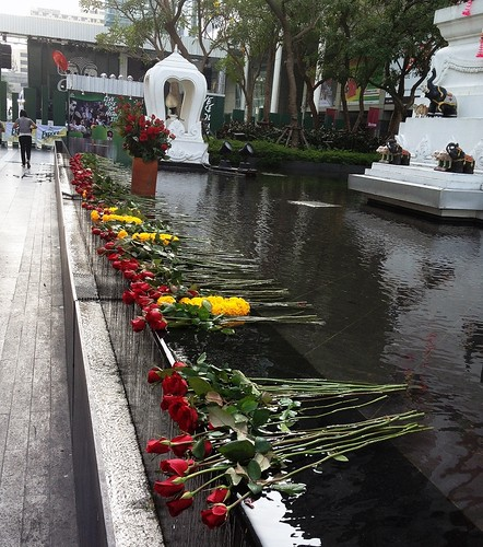 Roses, Shrine at Central World Bangkok
