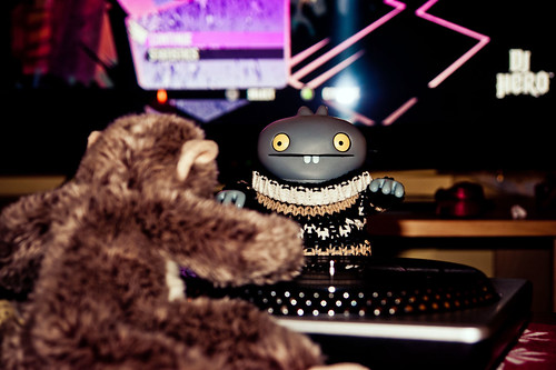 Uglyworld #1384 - DJ Highlandmonkey In Da House (Project BIG - Image 361-365) by www.bazpics.com
