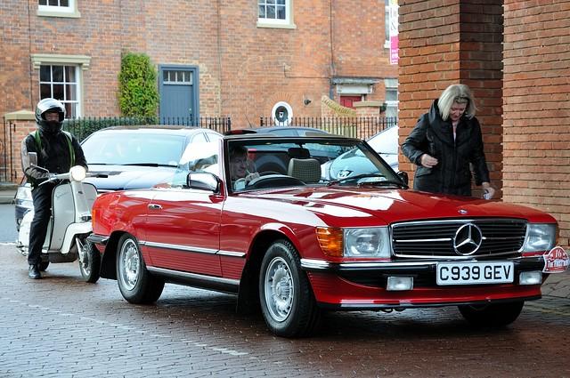 Vintage mercedes sl teens hd pics for Mercedes benz restoration specialists