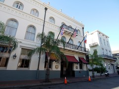 木, 2010-12-02 09:29 - Prince Conti Hotel