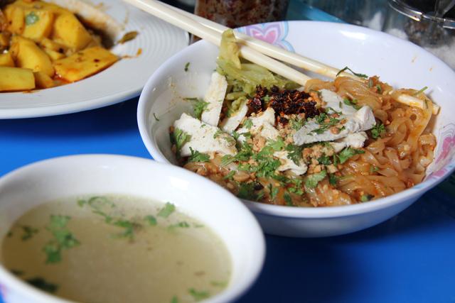 Burmese food in Bangkok
