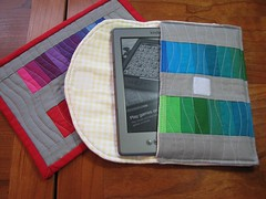 Rainbow Kindle case: Peek!