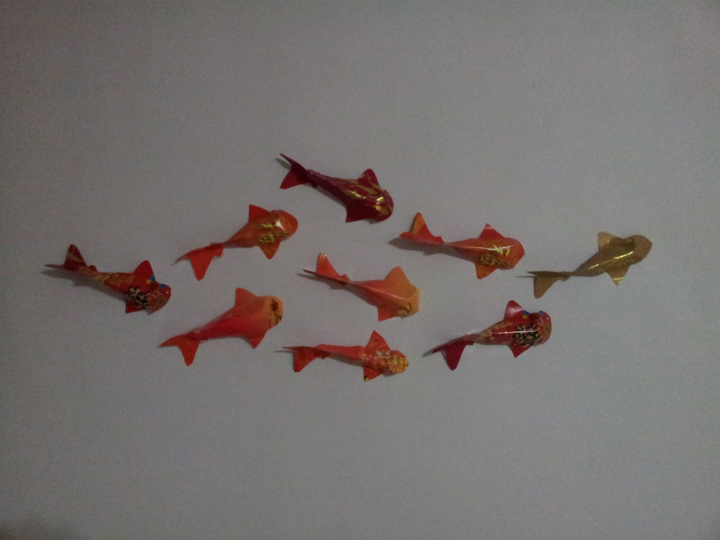 18 january 2012 miss crafty fingers for Ang pow koi fish tutorial