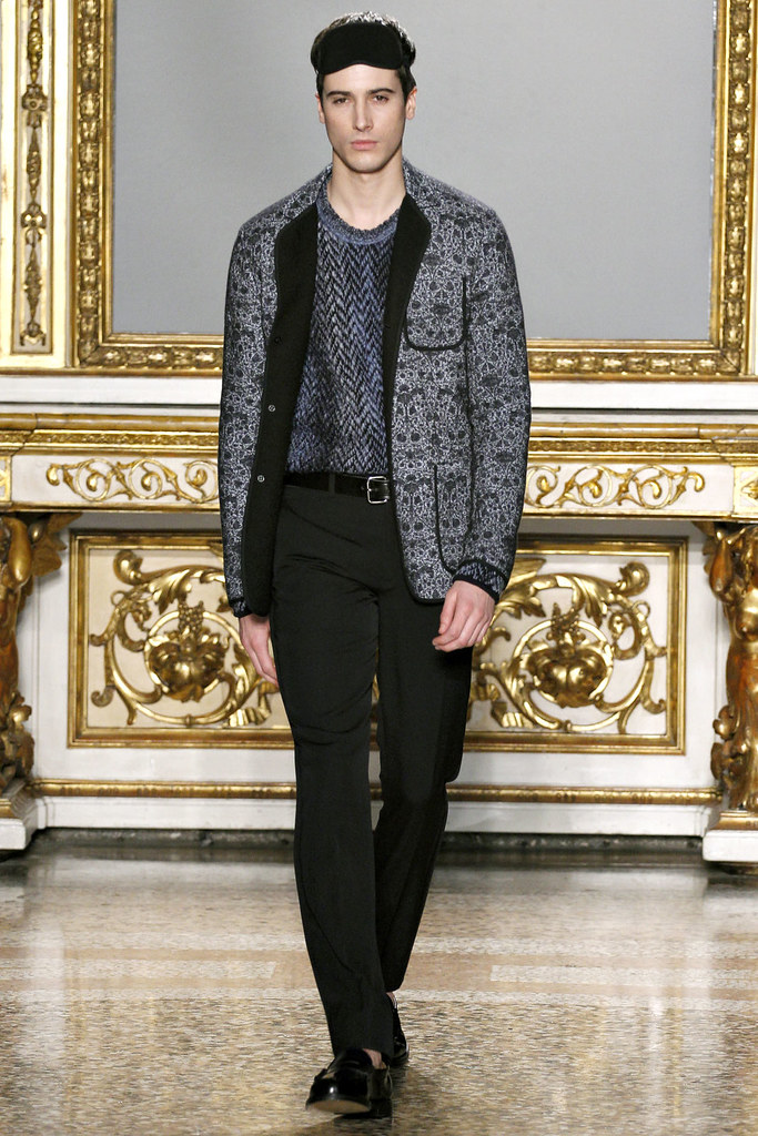 FW12 Milan Nicole Farhi015_Julien Chanca(VOGUE)