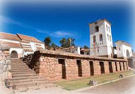 iglesia-colonial-de-chinchero-cusco-peru