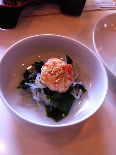 白滝涼拌鮮蝦  海老と若布の和え物
