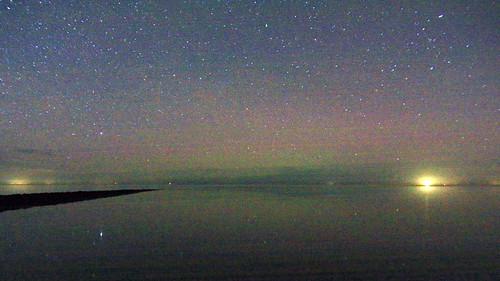 Noorderlicht boven de waddenzee