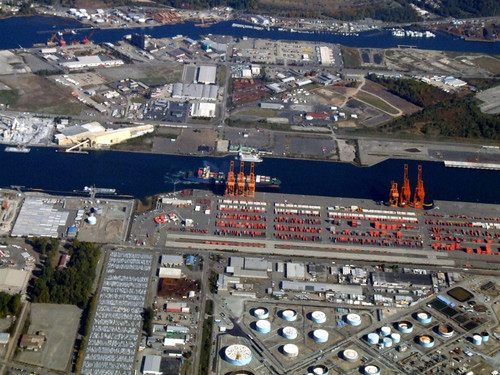 Port of Tacoma (by: Travis S., creative commons license)