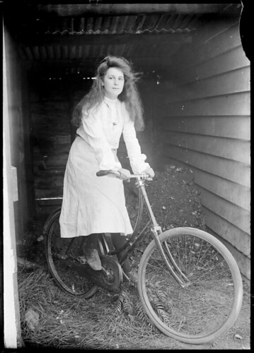 Ladies' bicycle