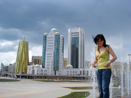New workers and their social networks in Astana