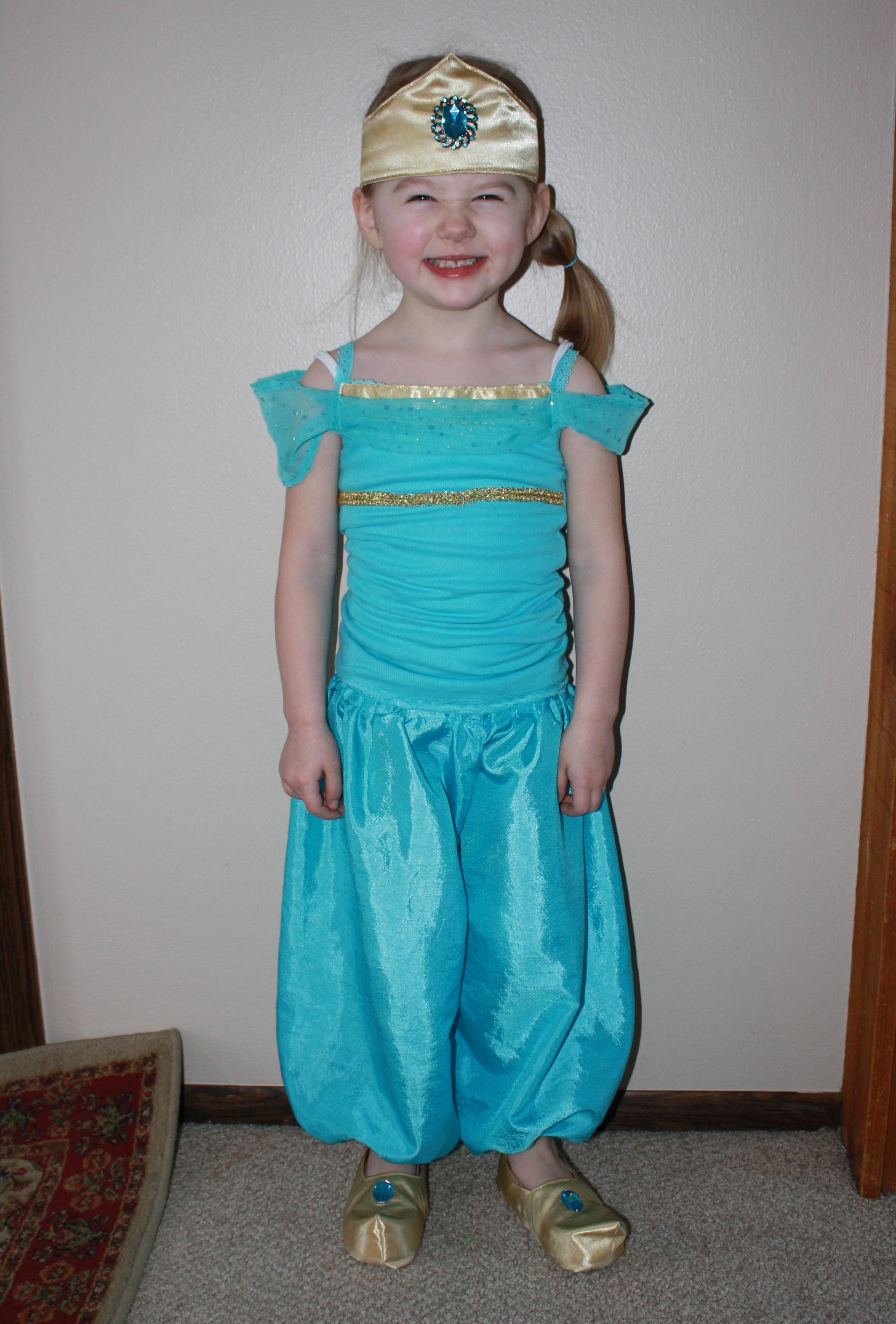 midwest family life princess jasmine costume. Black Bedroom Furniture Sets. Home Design Ideas