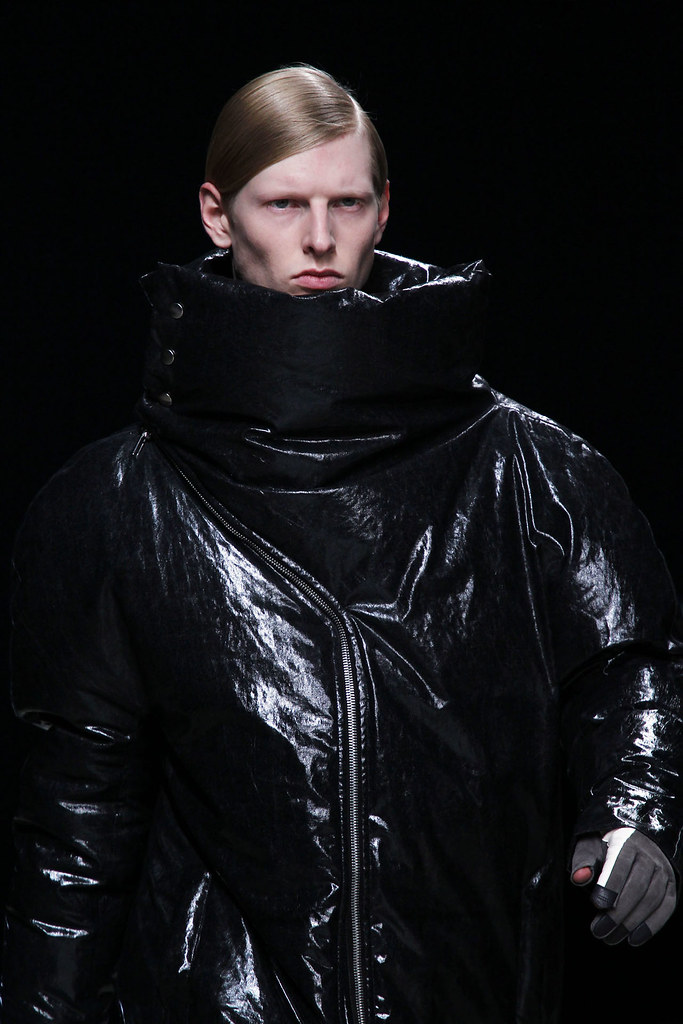 Diederik Van Der Lee3168_FW12 Paris Rick Owens(VOGUE)