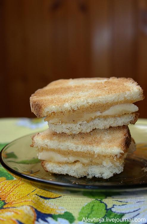 Сэндвич с арахисовым маслом и бананом