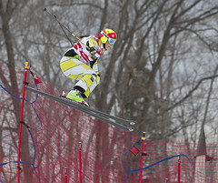 Marielle Thompson races to her first World Cup victory in Blue Mountain.