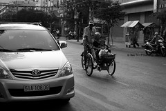 automobile, toyota, compact mpv, vehicle, monochrome photography, land vehicle, monochrome, black-and-white,