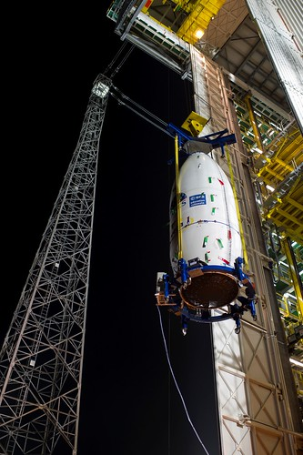 Hoisting the final stage of flight VV01