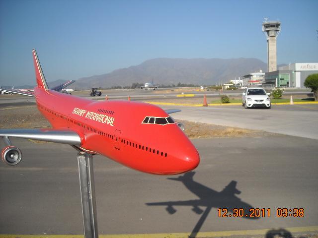 El más grande de mis aviones 6848404869_ab9e4f5aa1_z