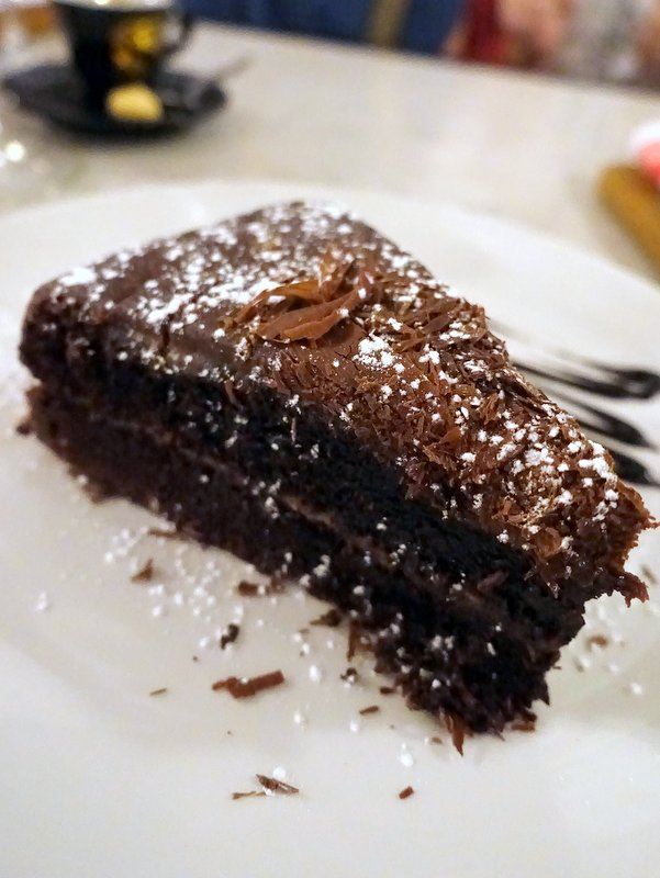 Remo's Liberta Cafe- Bar One Chocolate Cake R45
