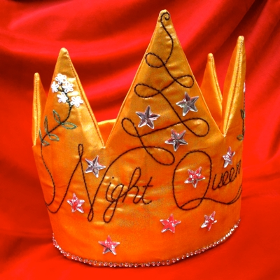 Night Queen crown, by Léan