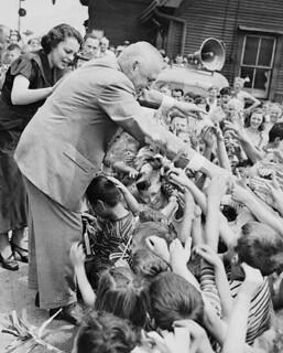 Prime Minister Louis St. Laurent with children, probably during the election campaign in 1949 / Le premier ministre Louis St-Laurent en train de saluer des enfants, probablement pendant sa campagne électorale en 1949