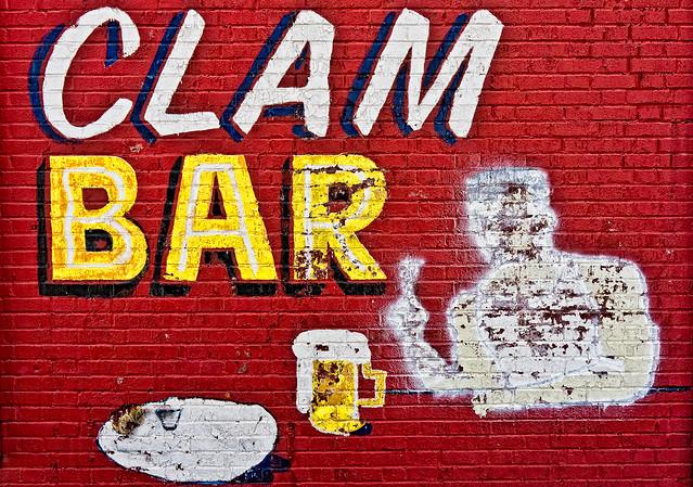 330/365 - November 26, 2011 - Clam Bar