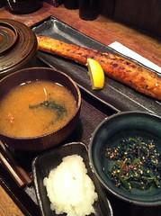 今日のランチはサーモンハラス干し定食。¥800 #lunch
