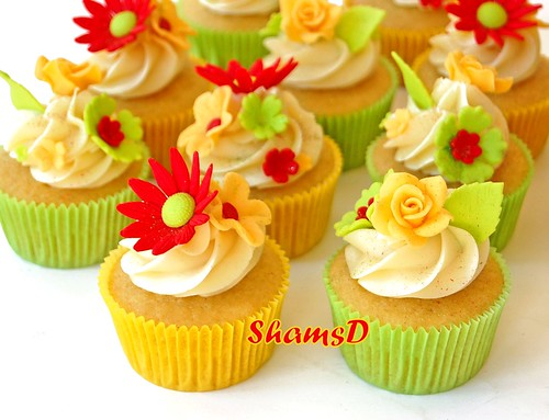 Orange,Yellow n Lime Green Cupcakes
