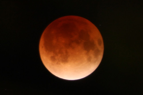 皆既月食 A Total Lunar Eclipse