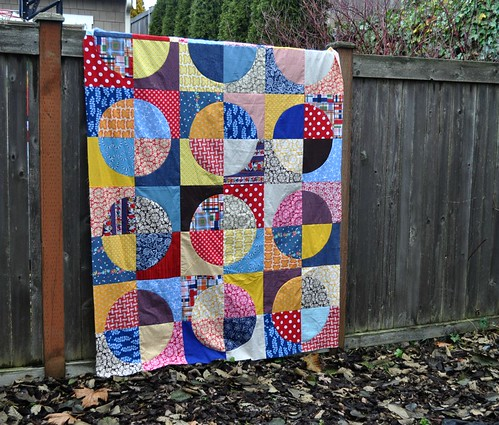 circle quilt top, finished