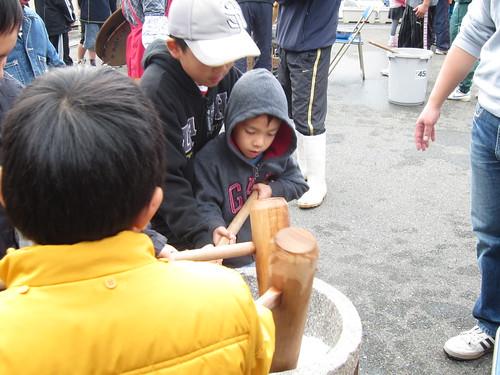 making mochi