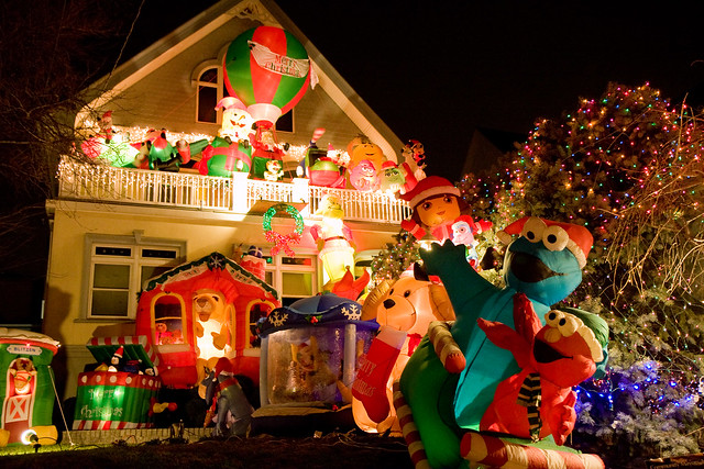 Dyker Heights Christmas lights, 2011