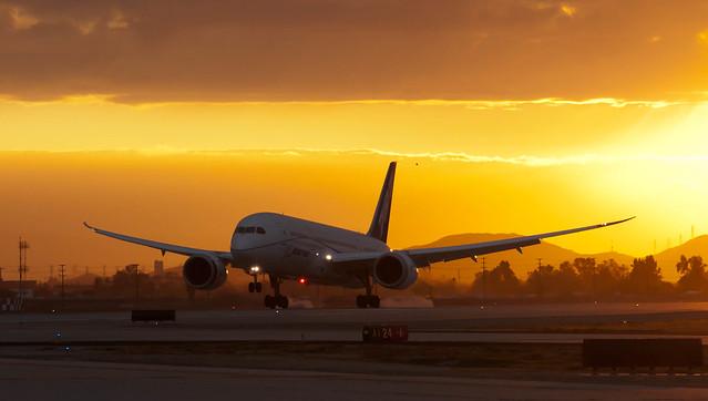 """""""Boeing 05"""" B787-8 N787FT ZA005"""