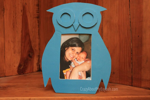 6543925325 985fc64c31 z DIY DwellStudio Owl Frame Knockoff #ElmersHoliday #GlueNGlitter Project #CBias