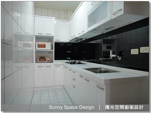 板橋莒光路張小姐L型黑白配廚具-陽光空間廚衛設計18