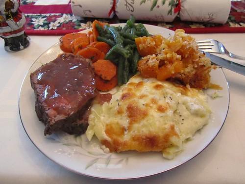 Christmas Dinner, Plate