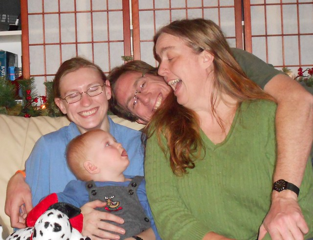 christmas2011familyDSCN0045